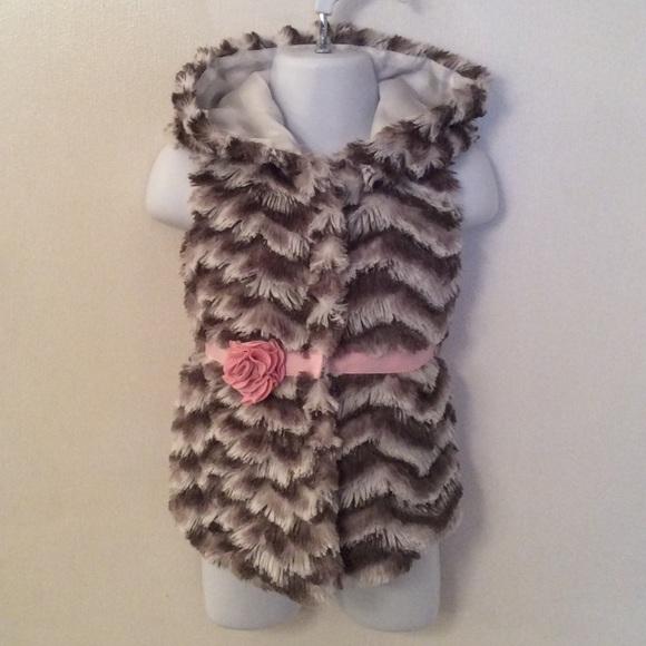 Little Lass hooded faux fur vest. Size 12M.